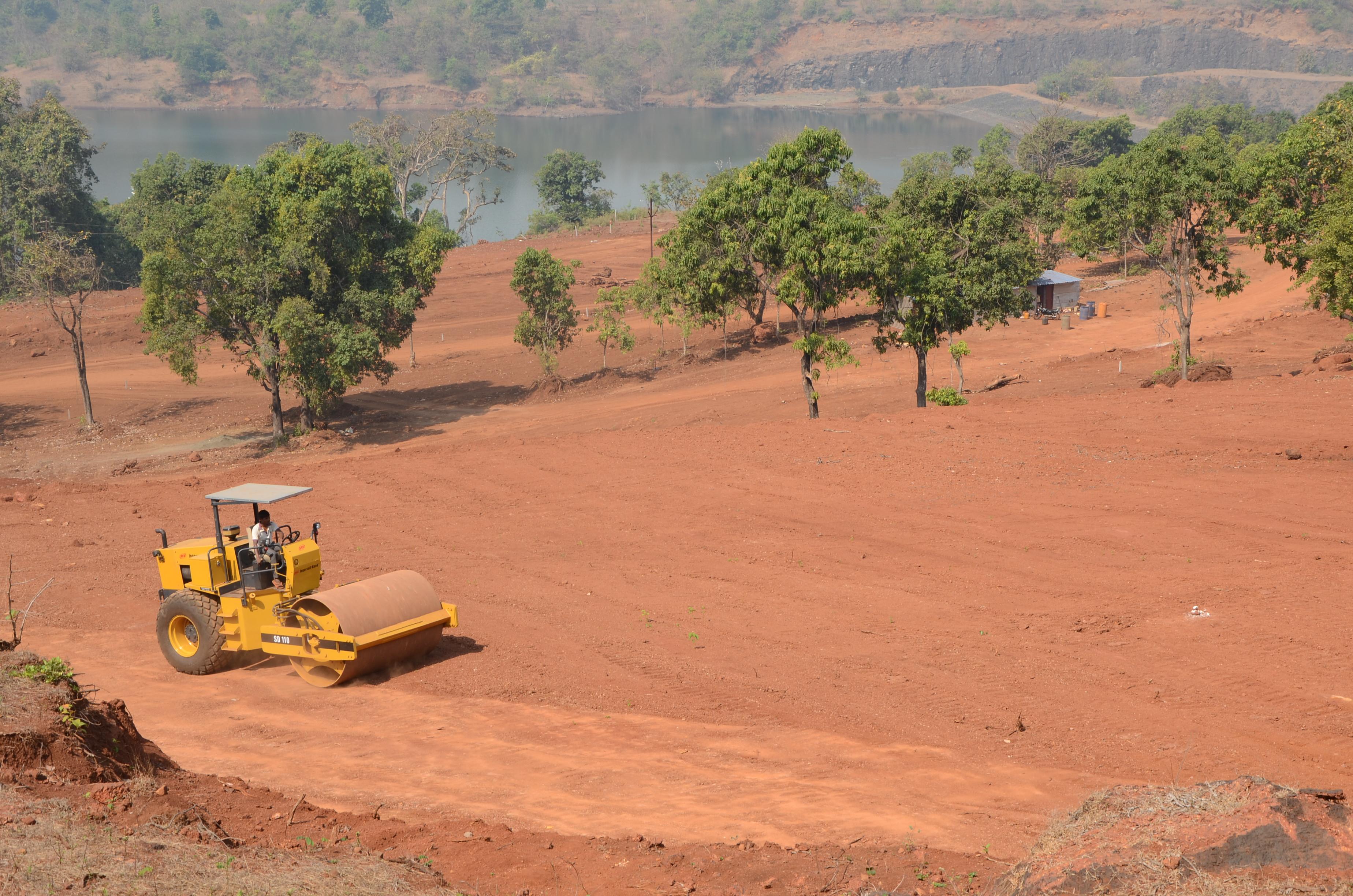 Plots in Mangaon